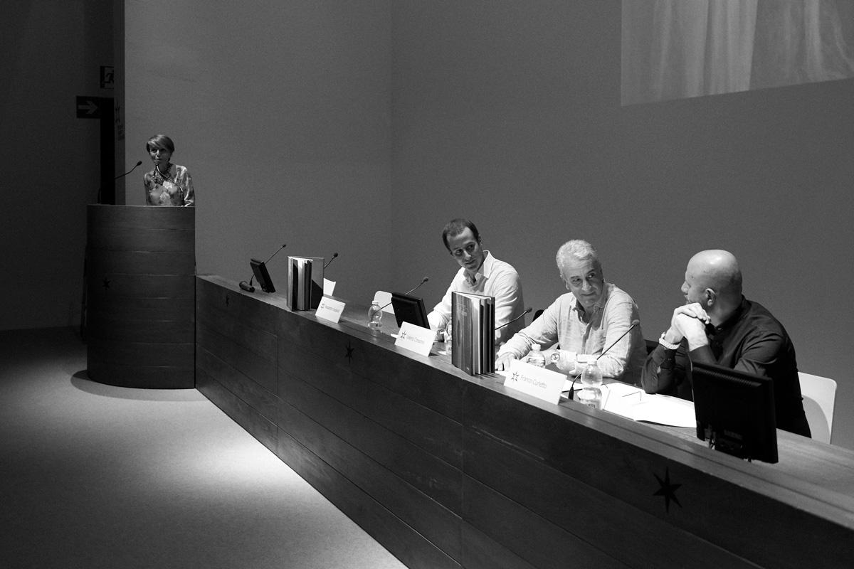 Alessandro_Vasapolli_Opening_Devoilees_Auditorium_Bookshop_Fondazione_Sandretto_Re_Rebaudengo_003