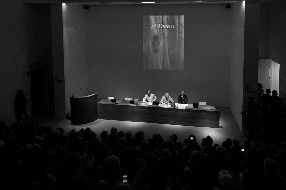 Alessandro_Vasapolli_Opening_Devoilees_Auditorium_Bookshop_Fondazione_Sandretto_Re_Rebaudengo_010